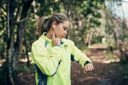 Check how much your heart rate recovers within one and two minutes following vigorous exercise.